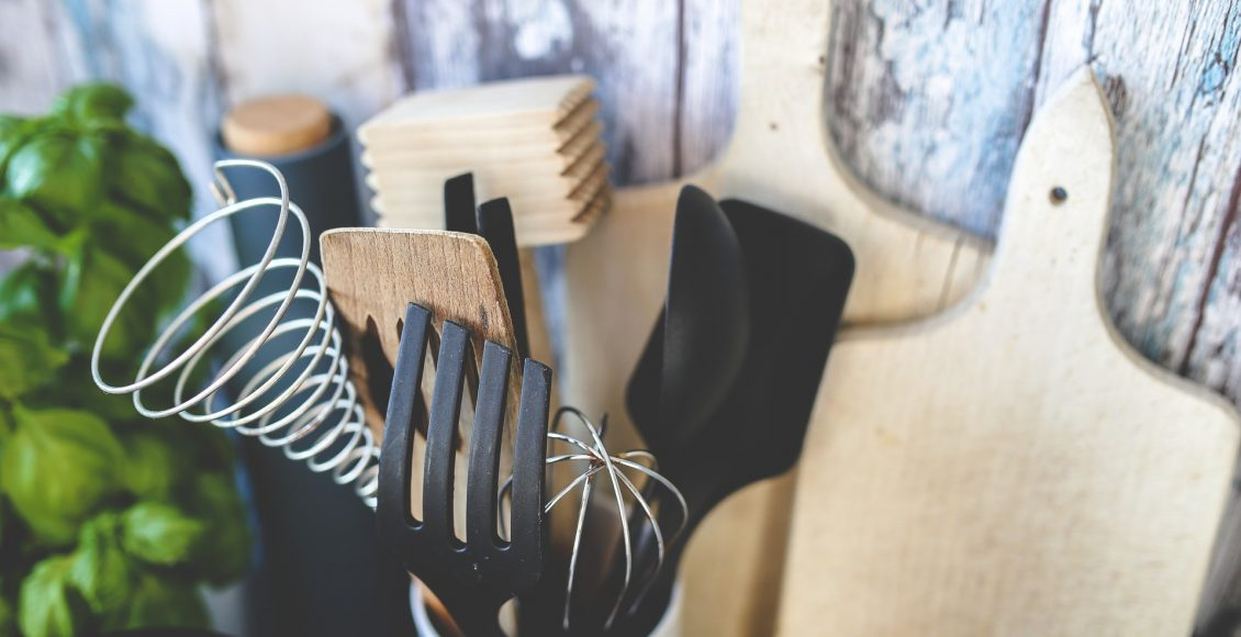 Grundausstattung für deine Küche: Diese Utensilien sind unverzichtbar