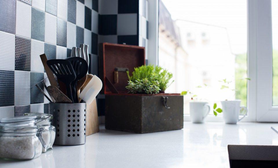 Küchen Wandgestaltung mit Musterwalzen